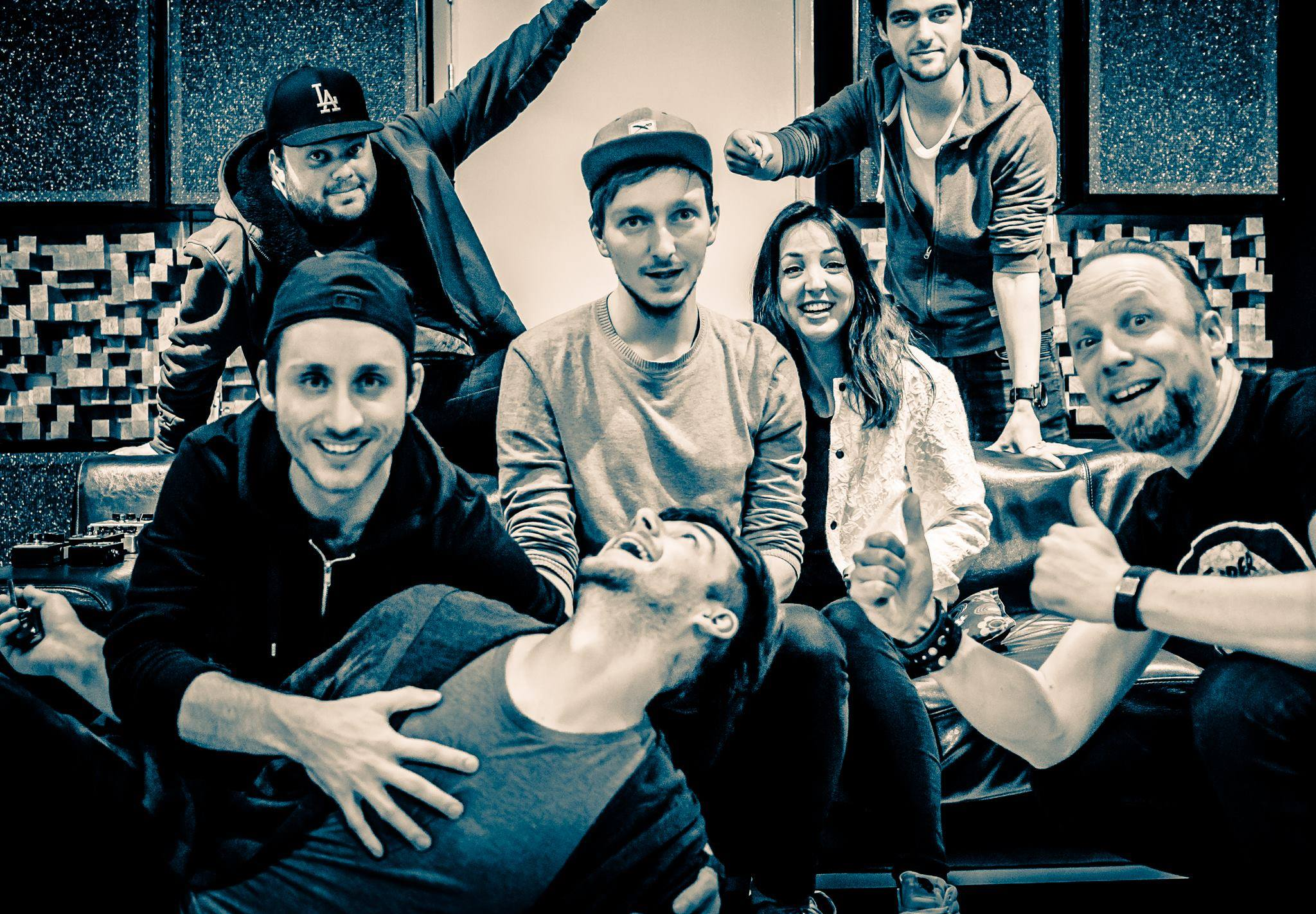colorwave-indie-pop-rock-band-in-studio-with-producer-guido-aalbers